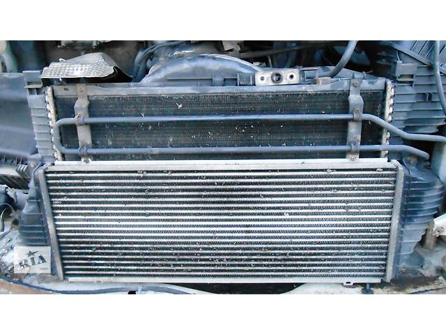 купить бу Б/у радиатор интеркуллера, радіатор інтеркуллера 2.2 2.7 Cdi OM 611 612 Mercedes Sprinter 903, 901 (96-06гг) 208 - 616 в Ровно