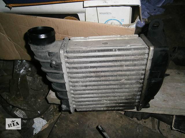 продам Б/у радиатор интеркуллера Skoda SuperB 1.8T бу в Харькове