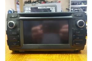 б/у Радио и аудиооборудование/динамики Toyota Auris