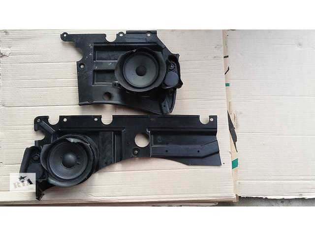 продам Б/у радио и аудиооборудование/динамики для легкового авто Volkswagen Multivan бу в Косове (Ивано-Франковской обл.)
