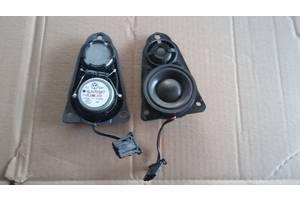 б/у Радио и аудиооборудование/динамики Volkswagen Multivan