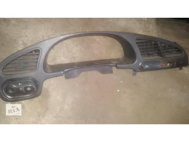 Б/у рамка панели приборов для легкового авто Daewoo Lanos- объявление о продаже  в Ковеле