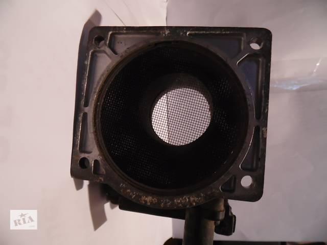купить бу Б/у расходомер воздуха для легкового авто Audi 2.0 2.8 2.6 в Дубно (Ровенской обл.)