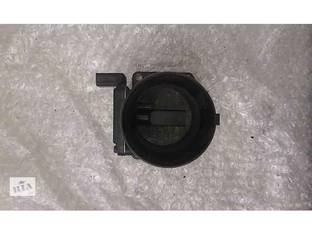 купить бу Б/у расходомер воздуха для легкового авто Audi A4 Avant 1.6 1.8 06A906461B AFH60-10C в Ковеле