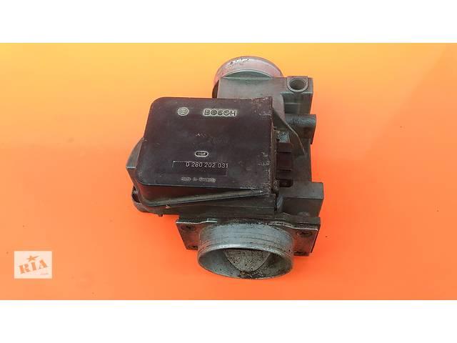 купить бу Б/у расходомер воздуха для легкового авто BMW 3 Series 0280202031 E30 2.0 2.3 в Луцке