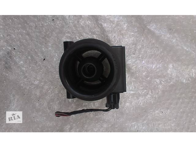 купить бу Б/у расходомер воздуха для легкового авто Mazda 323 1.6 1.8 i 197400-0031 в Ковеле