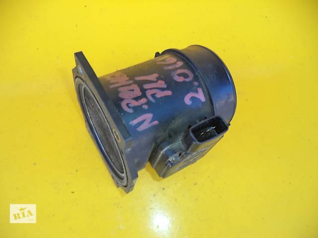 купить бу Б/у расходомер воздуха для легкового авто Nissan Primera (P11)(2,0 TD)(96-02) в Луцке