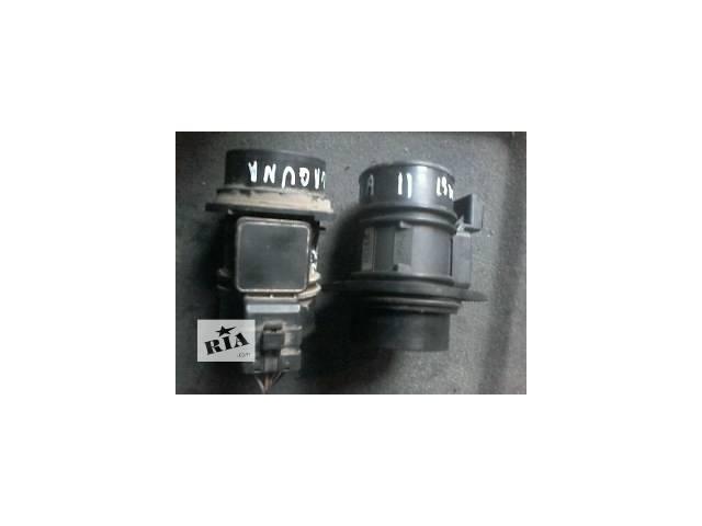 продам Б/у расходомер воздуха для легкового авто Renault Laguna II бу в Луцке