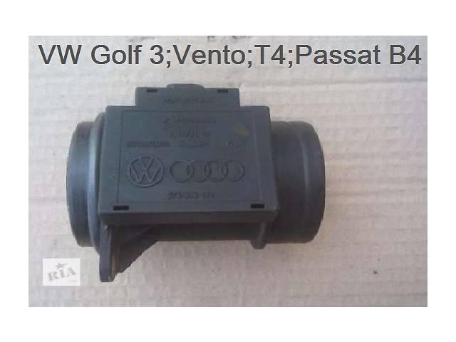 купить бу Б/у расходомер воздуха для Volkswagen Passat B4 в Луцке