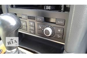 б/у Регуляторы оборотов вентилятора печки Audi Q7