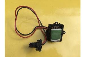 б/у Регуляторы оборотов вентилятора печки Opel Vivaro груз.