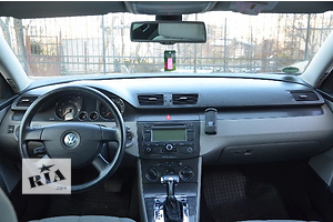 б/у Реле поворотов Volkswagen Passat