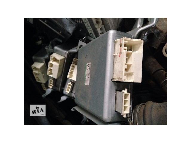 купить бу Б/у реле и датчики для легкового авто Toyota Corolla 2009 в Киеве