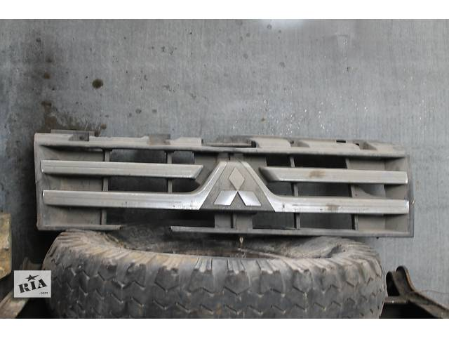 продам Б/у решётка бампера для кроссовера Mitsubishi Pajero Wagon бу в Белгороде-Днестровском