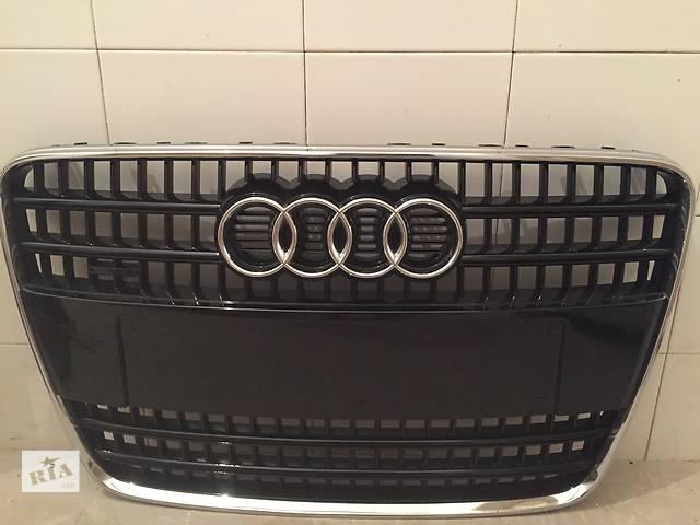 купить бу Б/у решётка бампера для легкового авто Audi Q7 в Виннице