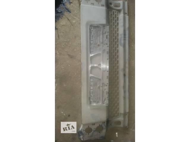 продам Б/у решётка бампера для легкового авто Ford Transit бу в Ковеле