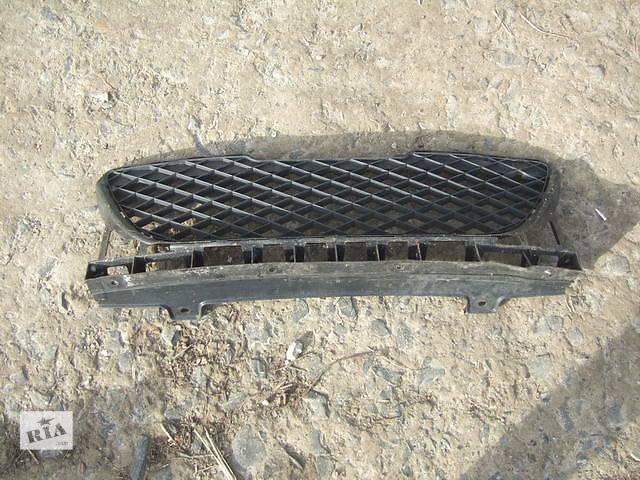 продам Б/у решётка бампера для легкового авто Honda Jazz бу в Ровно