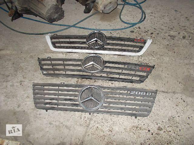 бу Б/у решётка бампера для легкового авто Mercedes Sprinter в Стрые