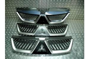 б/у Решётки бампера Mitsubishi Outlander XL