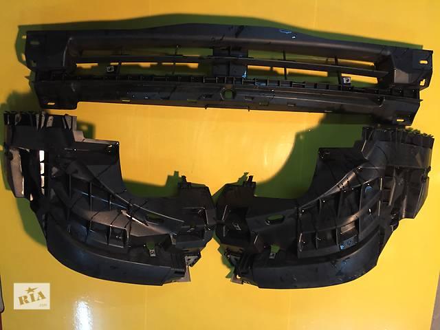 бу Б/у решётка бампера для легкового авто Opel Vivaro в Ковеле