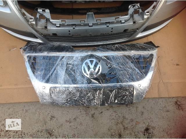 продам Б/у решётка бампера для легкового авто Volkswagen Passat B6 бу в Львове