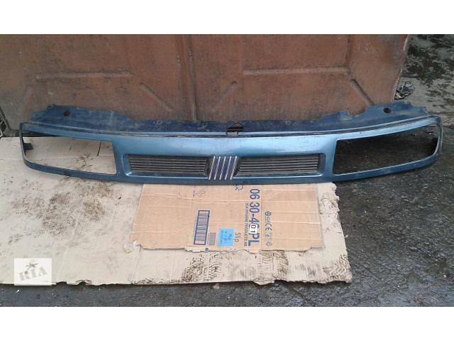 продам Б/у решётка радиатора для автобуса Fiat Ulysse 2000 бу в Тернополе