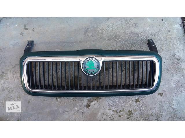 Б/у решётка радиатора для хэтчбека Skoda Octavia 1999р.- объявление о продаже  в Черновцах
