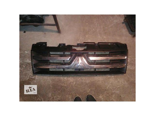 Б/у решётка радиатора для кроссовера Mitsubishi Pajero Wagon 2007- объявление о продаже  в Киеве