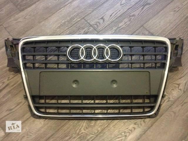 продам Б/у решётка радиатора для легкового авто Audi A4 бу в Киеве