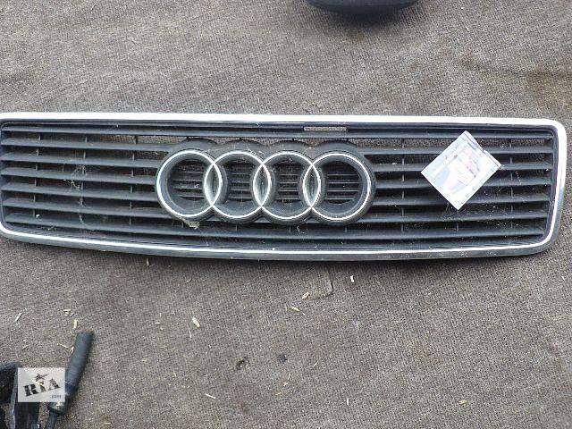 купить бу Б/у решётка радиатора для легкового авто Audi A6 в Львове