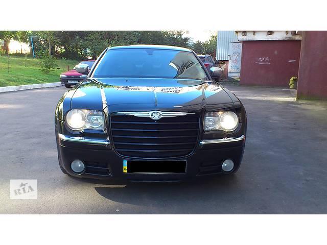 купить бу Б/у решётка радиатора для легкового авто Chrysler 300 С в Хмельницком