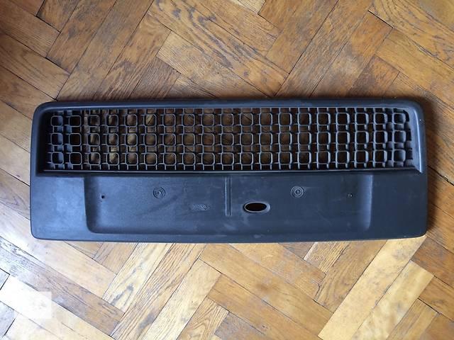 продам Б/у решётка радиатора для легкового авто Ford Fusion бу в Киеве