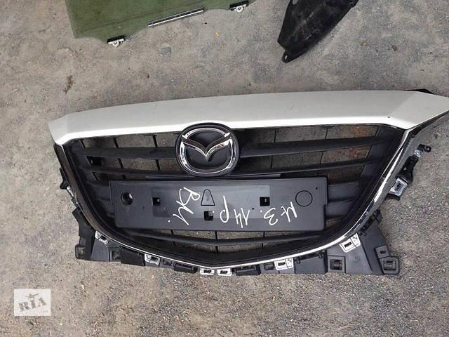 продам Б/у решётка радиатора для легкового авто Mazda 3 бу в Ровно