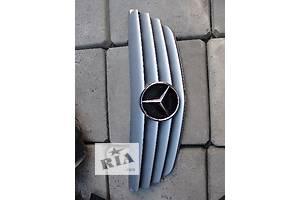 б/у Решётки радиатора Mercedes B-Class