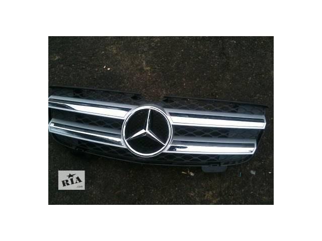 продам Б/у решётка радиатора для легкового авто Mercedes GL-Class бу в Ровно