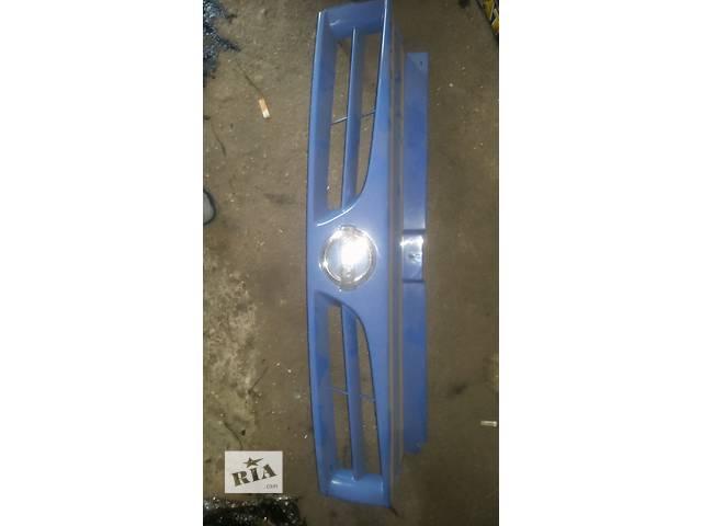 бу Б/у решётка радиатора для легкового авто Nissan Primastar в Ковеле