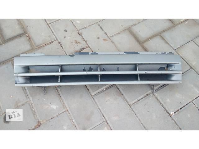 продам Б/у решётка радиатора для легкового авто Opel Vectra A бу в Умани