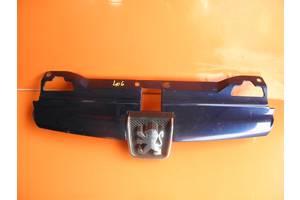 б/у Решётки радиатора Peugeot 406