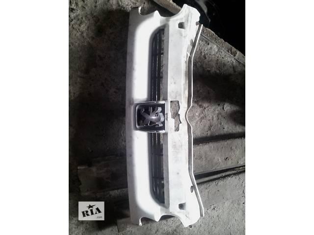 купить бу Б/у решётка радиатора для легкового авто Peugeot Partner в Ковеле
