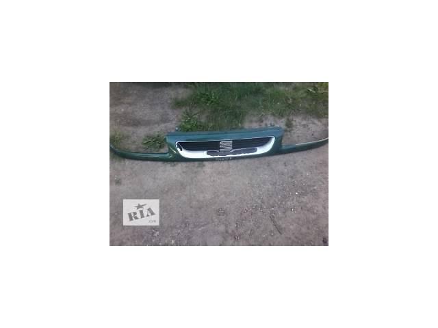 продам Б/у решётка радиатора для легкового авто Seat Toledo бу в Луцке