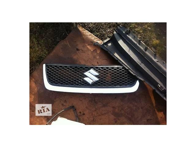 бу Б/у решётка радиатора для легкового авто Suzuki Grand Vitara в Ровно