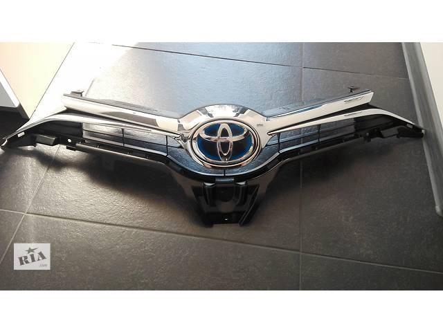 продам Б/у решётка радиатора для легкового авто Toyota Auris бу в Ровно