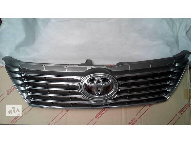 продам Б/у решётка радиатора для легкового авто Toyota Camry бу в Киеве