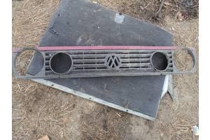 б/у Решётка радиатора Volkswagen Golf II