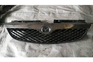 б/у Решётки радиатора Mazda