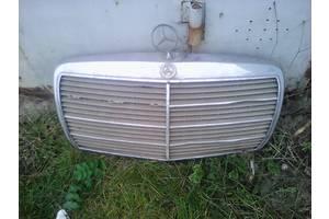 б/у Решётки радиатора Mercedes 123