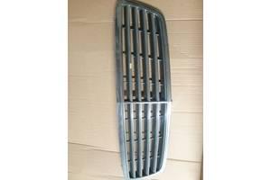 б/у Решётки радиатора Mercedes C-Class