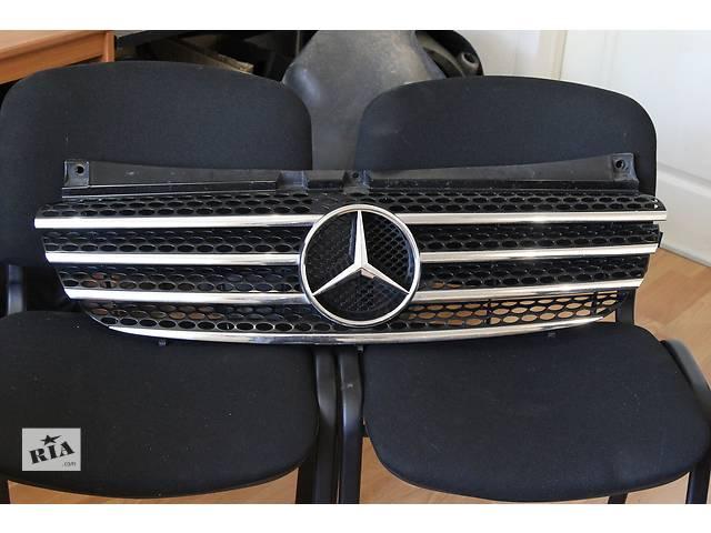 купить бу Б/у решётка радиатора для минивена Mercedes Viano в Днепре (Днепропетровск)