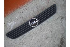 б/у Решётки радиатора Opel Astra G