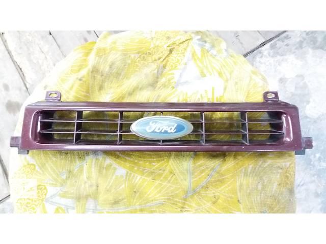 Б/у решётка радиатора для седана Ford Scorpio- объявление о продаже  в Полтаве